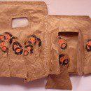 Mennybemenetel – csomagolópapírból